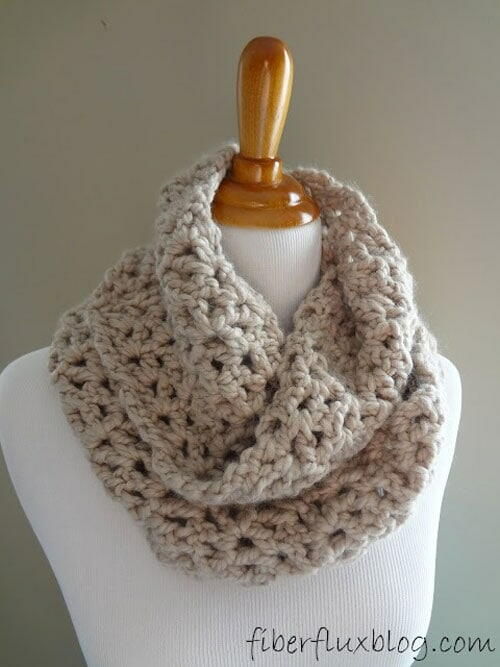 Classic Crochet Infinity Scarf Pattern