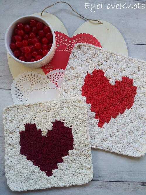C2c Enamored Heart Washcloth