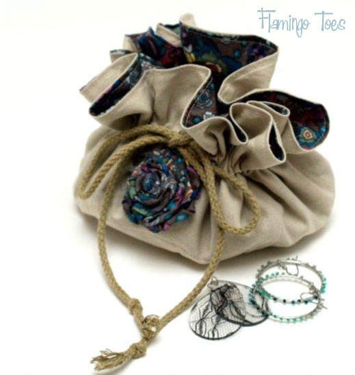 Linen Travel Jewelry Bag