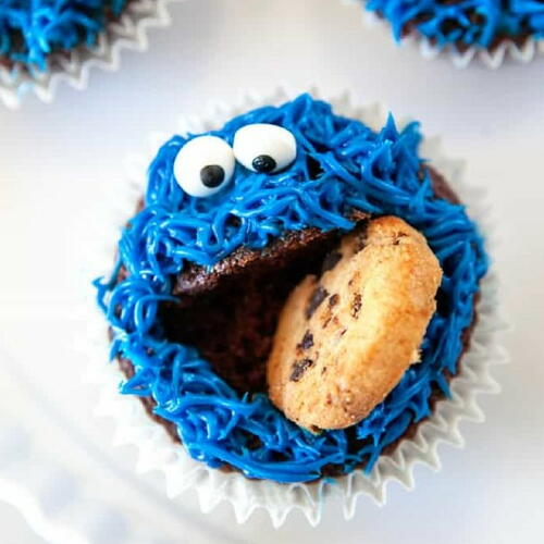 Fun Cookie Monster Cupcakes