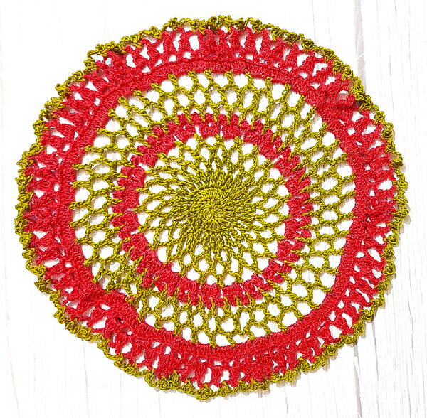 How To Make A Pretty Lace Doily