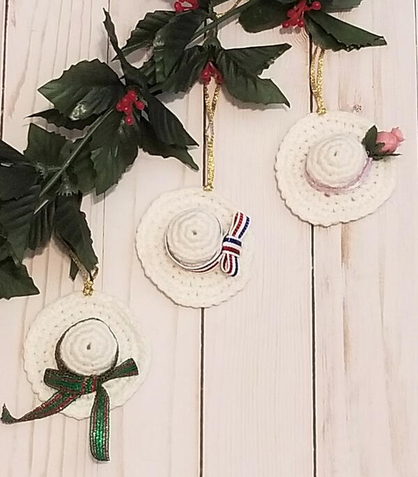 Suffragette Hat Christmas Ornament