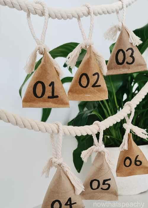 How To Make Advent Calendar Boxes With Recycled Toilet Paper Rolls