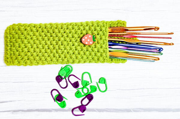 How To Make A Easy Crochet Hook Pouch