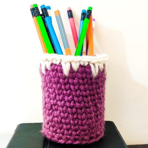 Diy Crochet Pen Pencil Holder